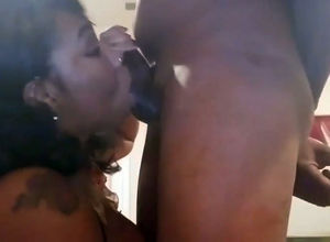 Ebony Cougar gargle testicles of heavy..